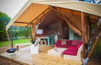 006_glamping-luxury-tent